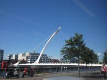 Samuel Becket Bridge (shaped like an Irish harp)
