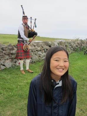 Abbie near a piper!